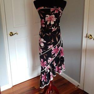 Beautifully Colored Flowered Sleeveless Dress